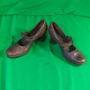 Clark's artisan 9.5M double strap Mary Jane heels